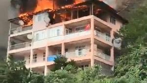 Yusufelide 5 katlı binada yangın