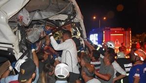 Aksarayda 3 TIRın karıştığı zincirleme kazada 2 kişi yaralandı