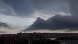 Son dakika... İstanbullulara sağanak sürprizi