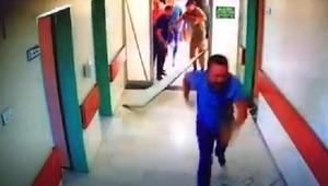 Elazığda ölen kişinin yakınları, doktor ve hastane personeline saldırdı