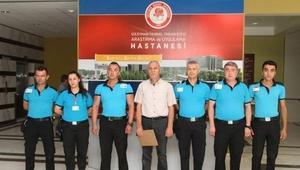 Güvenlik personelinden TSK Güçlendirme Vakfına bağış