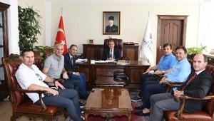 Futbolun efsane isimlerinden Vali Kalkancıya ziyaret