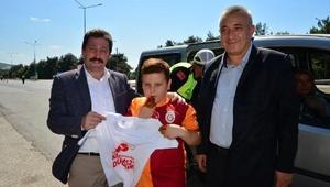 Vali Orhan Tavlıdan kırmızı düdük uygulamasına destek