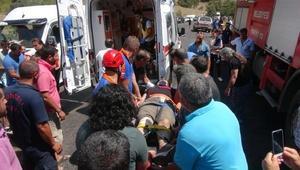 Tuncelide hatalı sollama kazası: 1 ölü, 7 yaralı