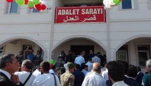 Çobanbey'de Bölge Adliyesi ile spor tesisi açıldı