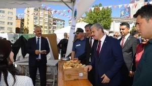 """Kırşehirde kadınlar """"Yöresel Yemek Yarışması""""nda"""