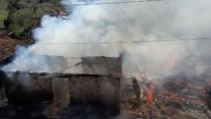 Vezirköprüde 6 ev yandı