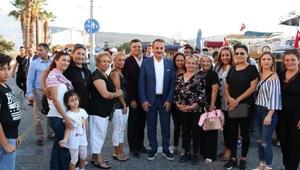 AK Parti Foçada teknede toplantı yaptı
