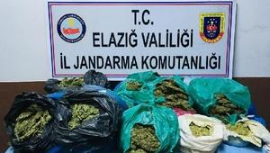 Elazığda 22 kilo esrara 5 gözaltı