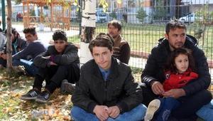 Ardahanda 64 kaçak göçmen yakalandı