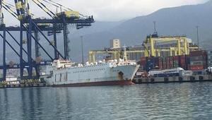 22 gündür gemide bekletilen angusların tahliyesine başlandı
