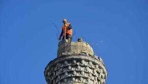 Depreme dayanıksız Ertuğrul Gazi Camiinin yıkımına başlandı