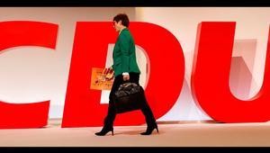 CDU, Karrenbauer'e milletvekili maaşı mı bağlayacak