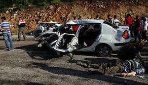 Cenazeden dönerken kaza yaptılar: 2 ölü 10 yaralı