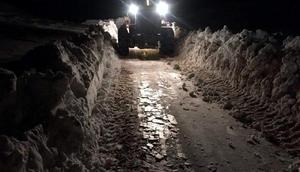 Siirtte köy yolları kardan ulaşıma kapandı