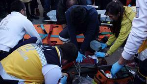 Zonguldak'ta otomobil yayalara çarptı: 1 ölü, 1 yaralı