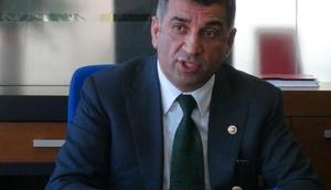 CHPli Erol: Tuncelide barajlar durdurulsun diye Başbakanı karşıladım
