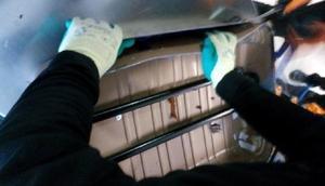 Van Havalimanında İranlı yolcunun valizinden uyuşturucu çıktı