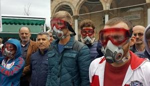 Düzcede gaz maskeli İdlip protestosu