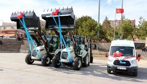 Yozgat Belediyesi yeni iş makinelerini tanıttı