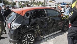 Son dakika... TEMde büyük kaza: Trafik kilit