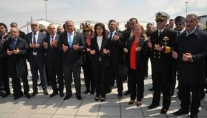 Yalova'da Polis Şehitleri Anıtı törenle açıldı