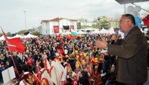 Yalova'da Uluslararası Çocuk Halk Dansları Festivali