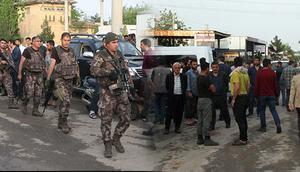 Şanlıurfa'da aileler arasında silahlı kavga: 10 yaralı