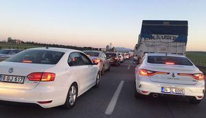Bursa-İzmir karayolunda 3 günlük tatil yoğunluğu