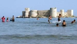 Mersinde turizme 1 Mayıs dopingi