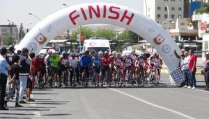 Şanlıurfada bisiklet tutulanları yarıştı