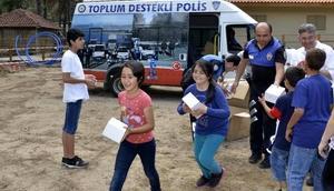 Antalya Yetimlerine Sahip Çıkıyor
