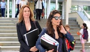 Demet Şener, boşanma davası için Antalyada