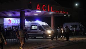 Şırnak'ta zırhlı araç devrildi: 1i ağır 8 polis yaralı