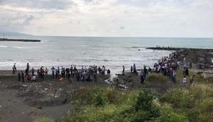 Trabzonda denizde kaybolan genç aranıyor