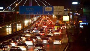 Tatilciler dönüş yolunda... Trafik durma noktasında