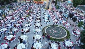 Sakaryada 110 bin kişiye iftar yemeği verildi