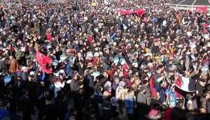 Erzurumda 20 bin kişi Kudüs için yürüdü