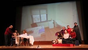 Artvinde doktorlar erken teşhis için tiyatroda sahne aldı