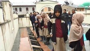 Bayburtta dikilen İffet Anıtına tur düzenlenmeye başlandı