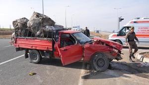 Kayseride iki kamyonet çarpıştı: 4 yaralı