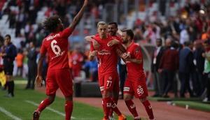 Antalyaspordan süper 3lük... Kayseriyi devirdiler