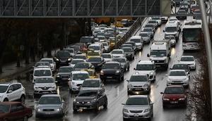 Bulvarda hafta sonu trafiği