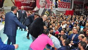 Sürpriz aday çıkınca AK Parti kongresi karıştı