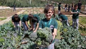 Antalyada çiftliği olan sıradışı okul