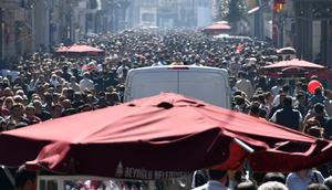 İstanbulda bugün... İnsan seli oluştu