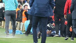 Kupa derbisinde olaylara karışan 2 kişi Fenerbahçenin Antalya maçını izlerken tribünde yakalandı