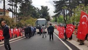 Afrinden Orduya dönen PÖHler törenle karşılandı