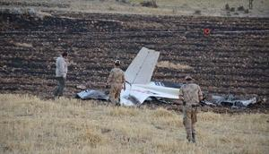 Adıyamanda eğitim uçağı düştü, pilot öldü (7)