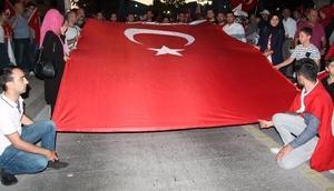 Amasyada 10 bin kişi 15 Temmuz şehitleri için yürüdü